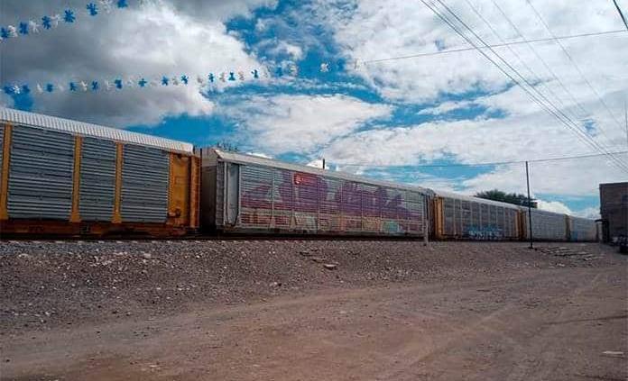 Vagones dividen a familias de Estación Wadley