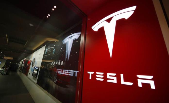 Reporte trimestral de ventas de autos Tesla supera pronósticos