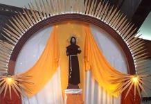 Solo habrá algunas misas en honor de San Francisco de Asís
