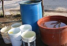 Agua turbia llega a las viviendas