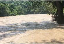 Alertan por el desfogue de la presa Zimapán