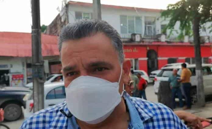 Da a conocer David Medina pavimentación de varias avenidas