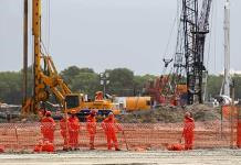 FMI pide frenar la refinería
