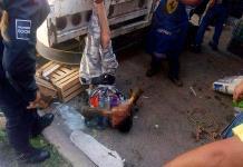 Tianguistas atrapan a presunto maleante en Villas del Sol