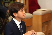 Rodrigo recibe sacramento