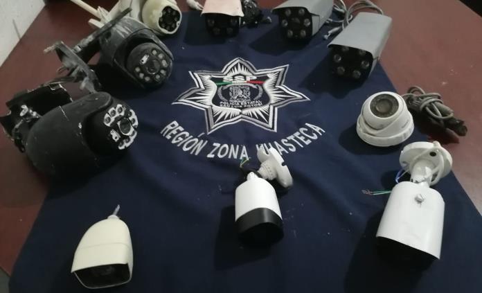 Retiran más cámaras de videovigilancia, presuntamente de la delincuencia organizada, en Valles