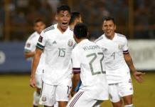 México gana en El Salvador y sigue liderando eliminatoria