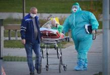 Rusia continúa al alza en decesos