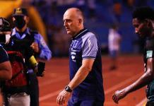 Última en eliminatorias, Honduras despide a su técnico