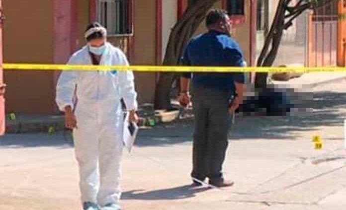 Durante balacera, asesinan a policía de Investigación