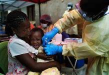 Inicia la OMS en Congo vacunación contra ébola