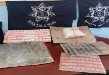 """En operativos, arrestan a cinco y aseguran más de 200 dosis de marihuana y """"cristal"""""""