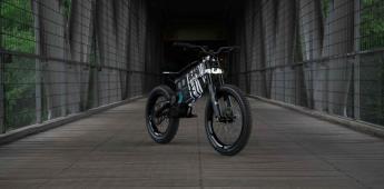 Entre la bicicleta y la motocicleta