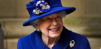 Isabel II rechaza el premio Anciana del año porque no se siente vieja